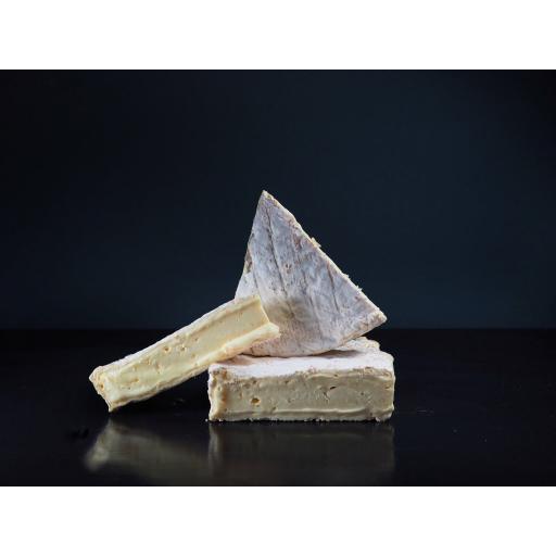 Clava Brie